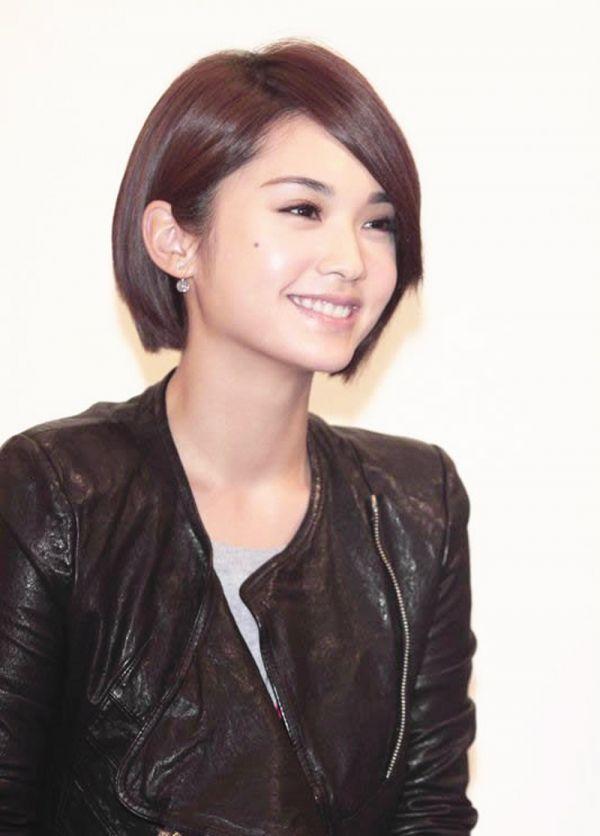 Rainie Yang Ai Mei Short Hair Styles Shot Hair Styles Hair Beauty