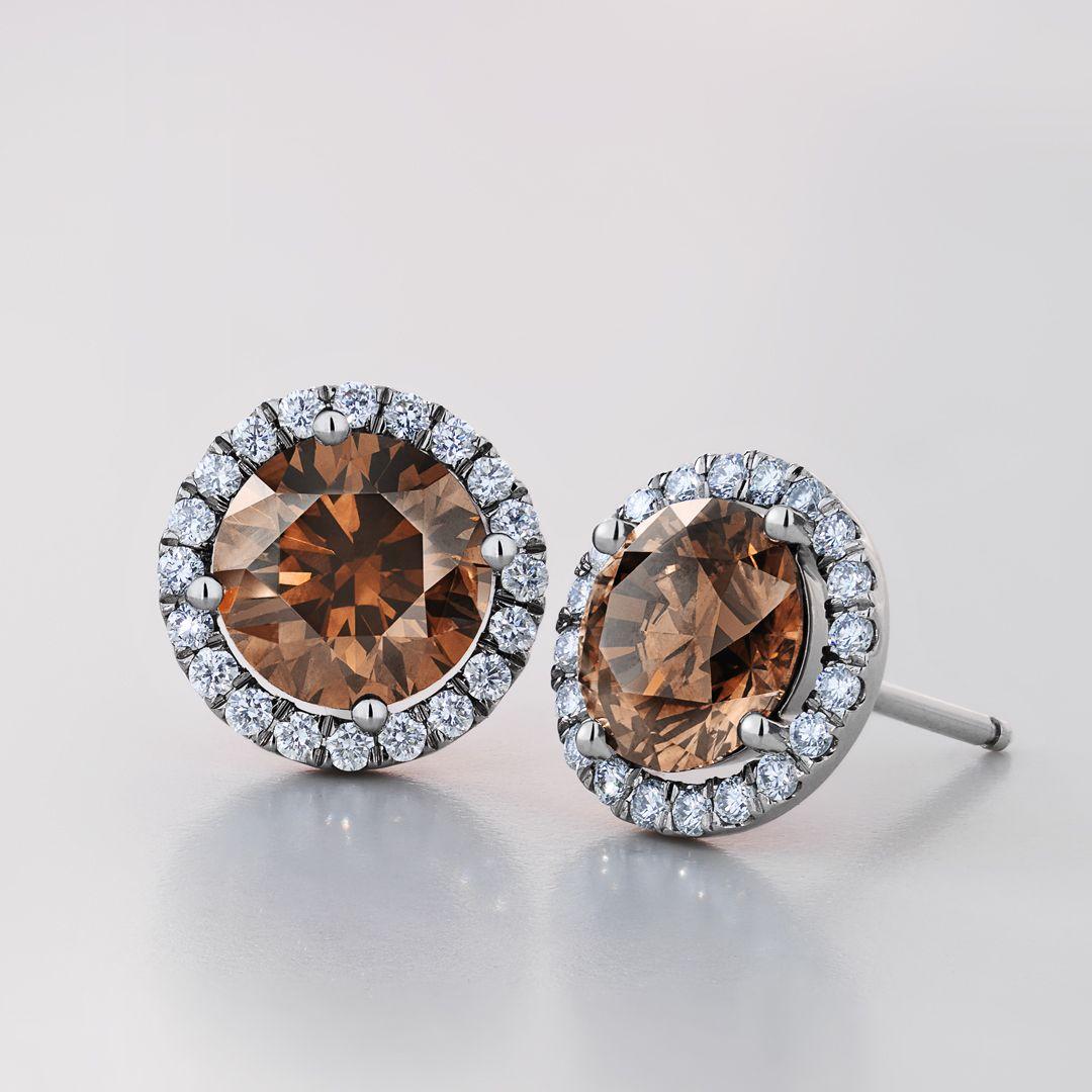 e514bd956 De Beers Aura Fancy Coloured Diamond Stud Earrings | De Beers Brides ...