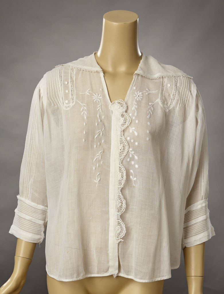 23acd46918cb9 Edwardian White Cotton Lawn Embroidered Blouse w Crocheted Lace ...