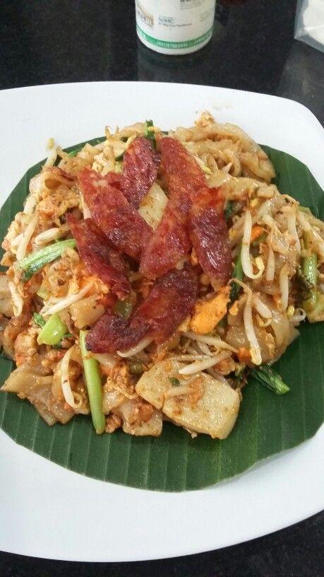 Kwetiau Bagan.. OMG u will love this food very much!! Pasar Muara Karang