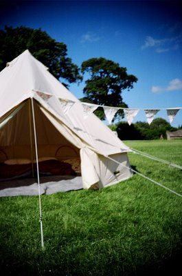 Emma Bradshaw: Emma's camping guide...good recommendation on sheepskin for E and sleep pads