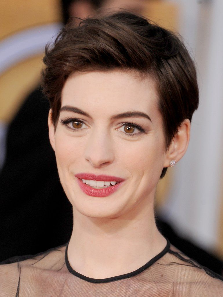 Anne hathaway shows you inventive ways to wear a pixie short