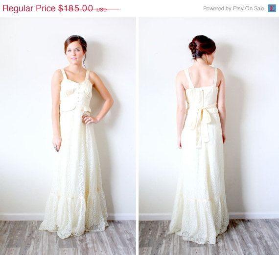 20 Off Halloween Sale Vintage Wedding Dress By Beigevintageco Dresses Wedding Dresses Wedding Dresses Vintage
