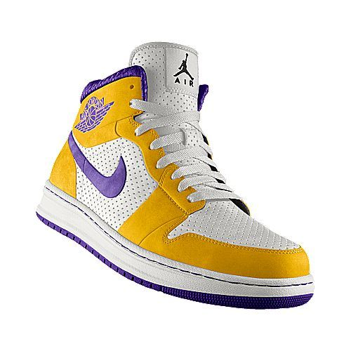 767c4dabade The Nike equivalent of my Magic Johnson Converse Weapon!