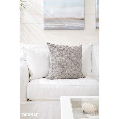 Beachside Knit Pillow Yarnspirations Bernat Maker Home Dec
