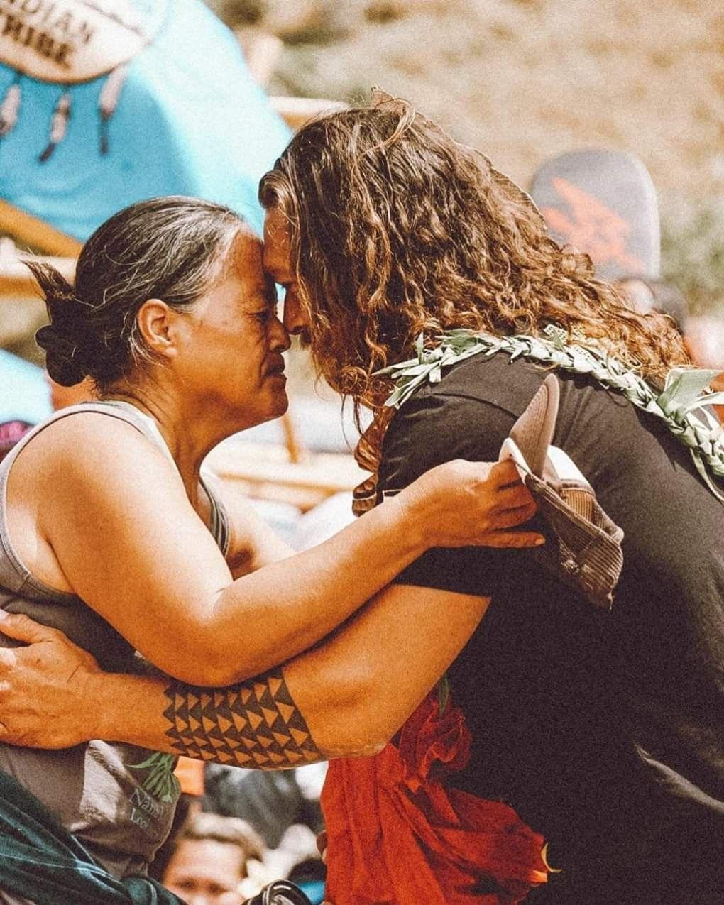Can You Get Chlamydia From Kissing Someone Pin By Jacqueline Sadan On Love Jason Mamoa Jason Momoa Jason Gorgeous Men