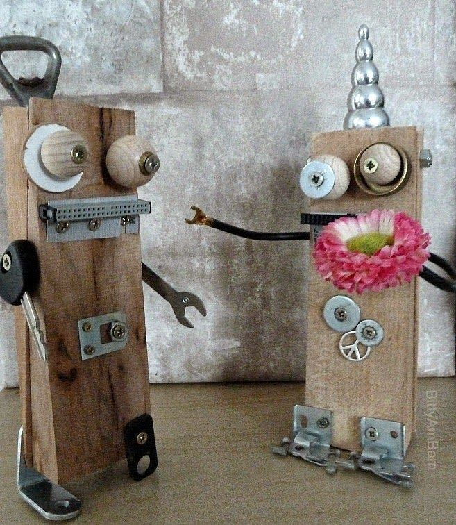 bittyambam roboter diy creadienstag upcycling selbermachen mit kids roboter. Black Bedroom Furniture Sets. Home Design Ideas