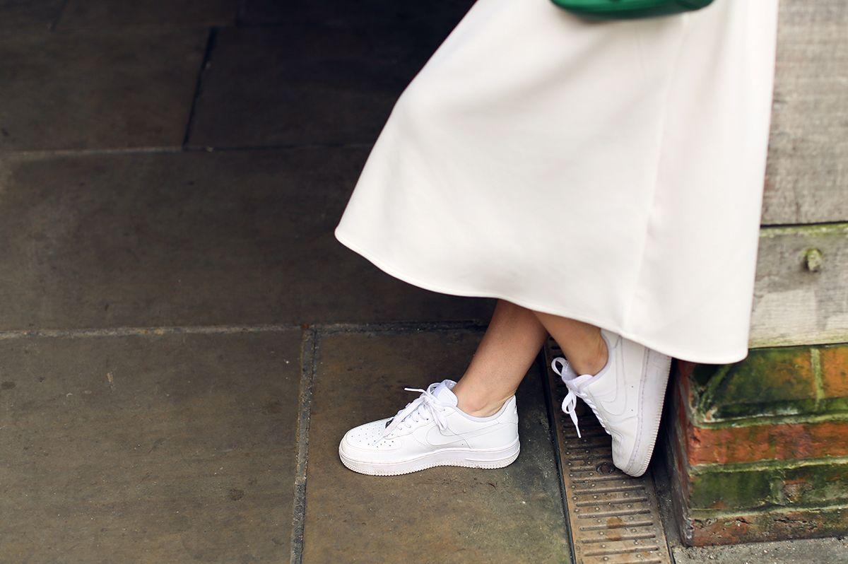 Nike Air Force 1 Bajas Para Mujer Blancos Vestidos Baratos moda barata estilo de moda descuento 2014 Colorido aclaramiento fiable IX851Ytm0z