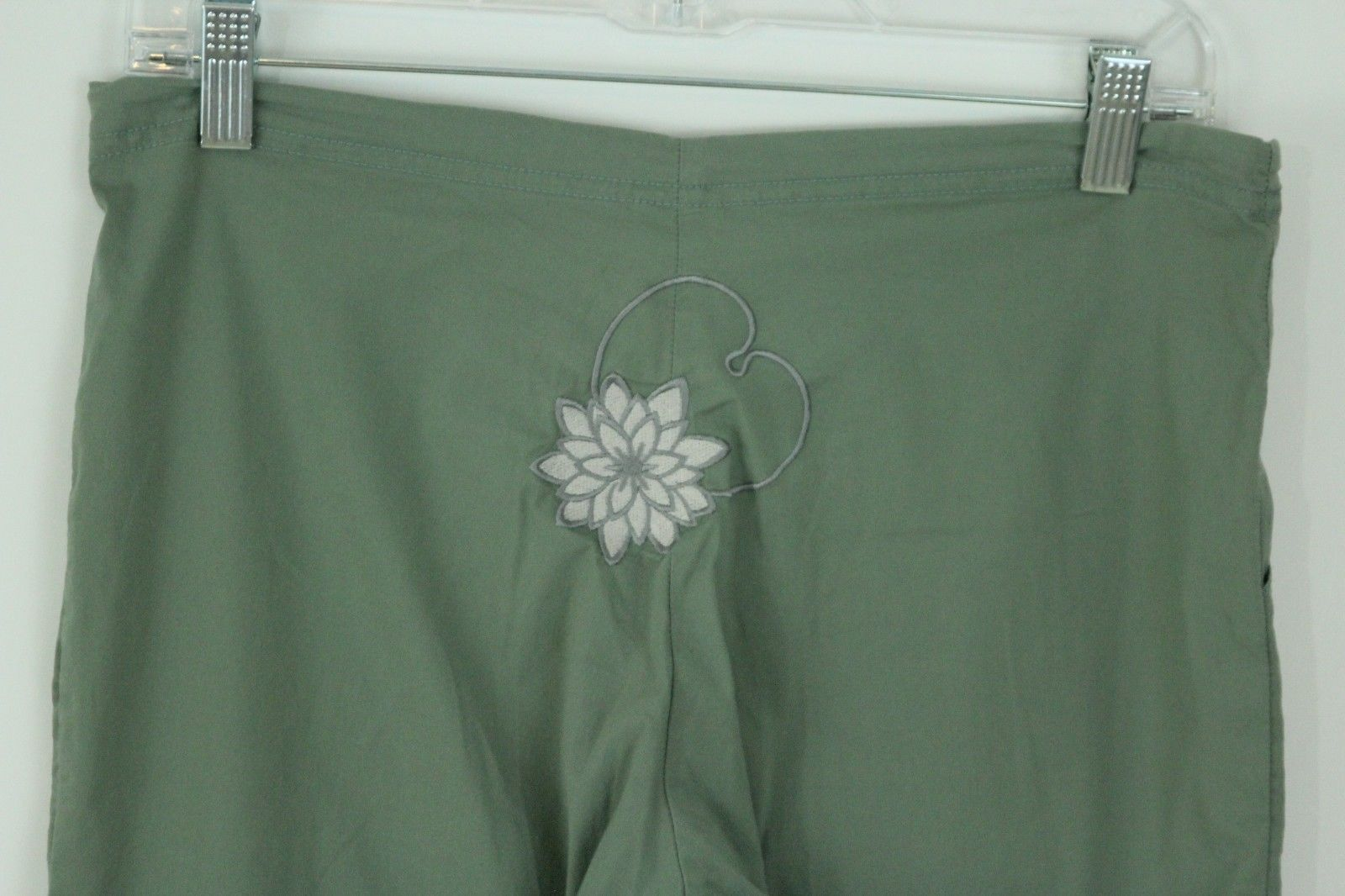 4f79131c8d Be Present Yoga Agility Pant Sage Green Size Small Lily Pad Lotus  Embroidered https:/