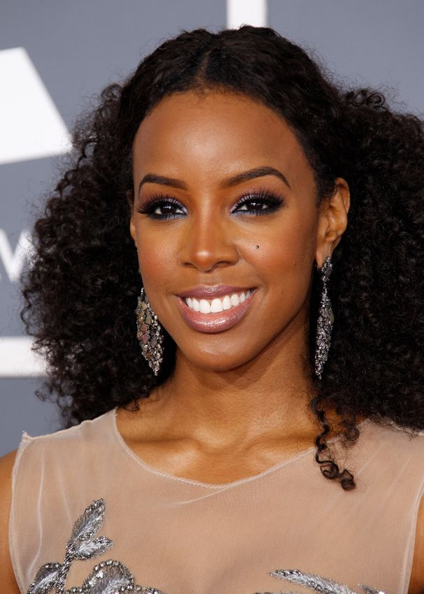 Kelly Rowland I Wonder How This Would Look On Me Black Is