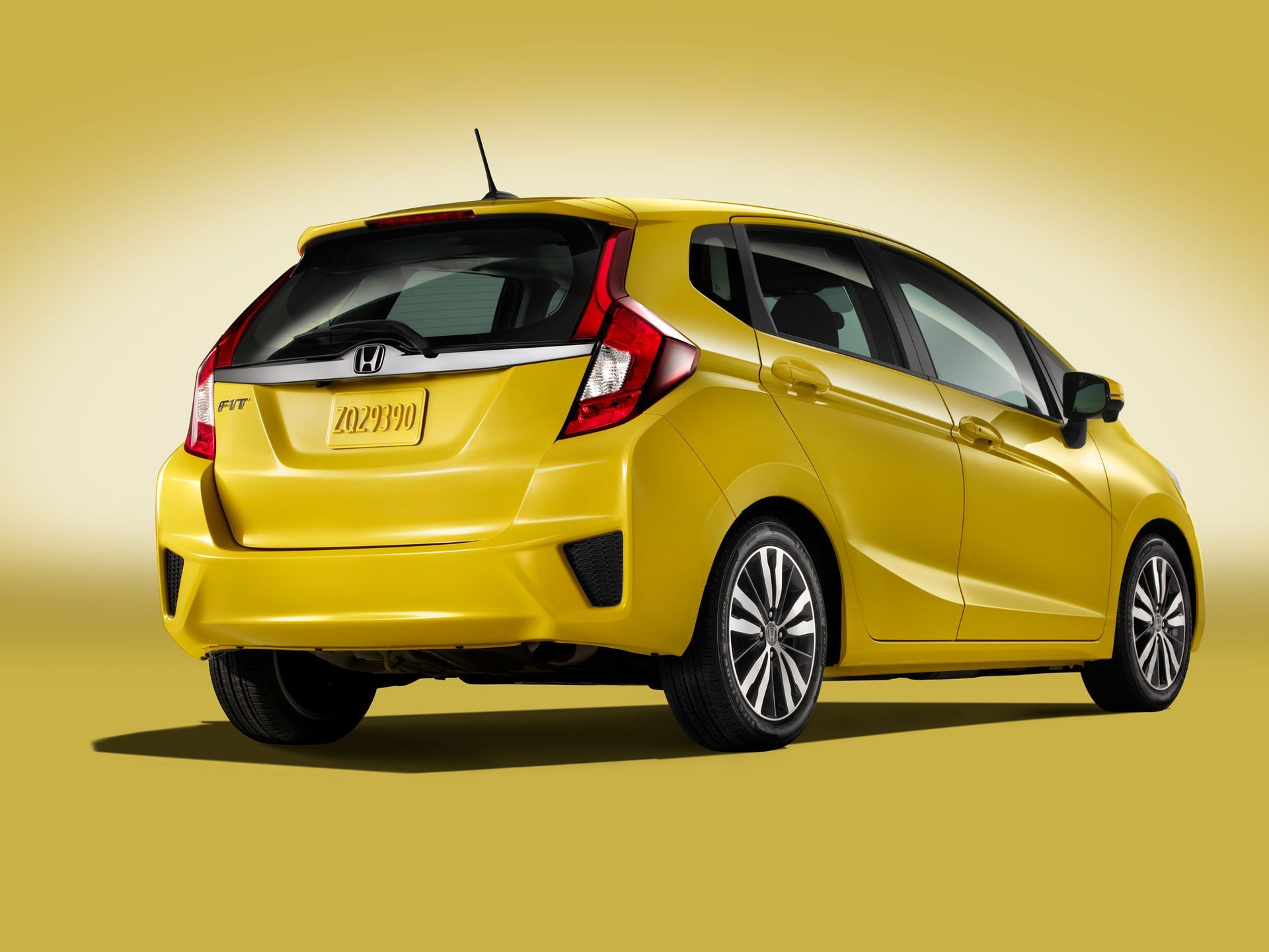 Kekurangan Honda Fit 2016 Perbandingan Harga