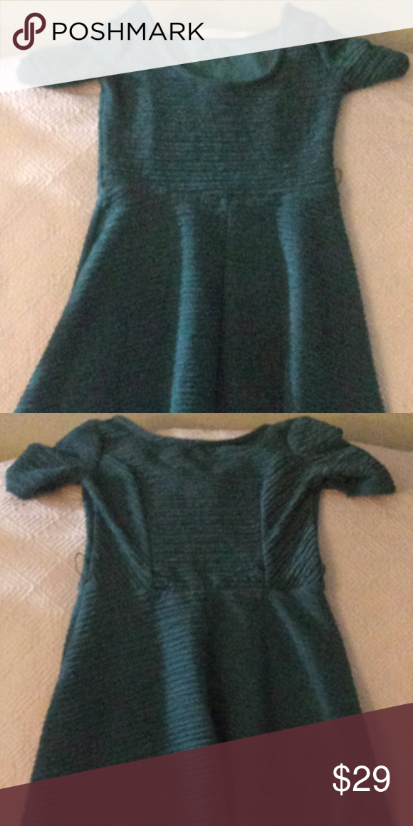 95a8d02f1923f Girl s Short Sleeved Teal Dress This beautiful