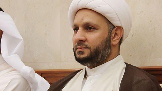 النظام البحريني يعتقل النائب السابق عن كتلة الوفاق المعارضة الشيخ حسن عيسى... - http://www.arablinx.com/%d8%a7%d9%84%d9%86%d8%b8%d8%a7%d9%85-%d8%a7%d9%84%d8%a8%d8%ad%d8%b1%d9%8a%d9%86%d9%8a-%d9%8a%d8%b9%d8%aa%d9%82%d9%84-%d8%a7%d9%84%d9%86%d8%a7%d8%a6%d8%a8-%d8%a7%d9%84%d8%b3%d8%a7%d8%a8%d9%82-%d8%b9/
