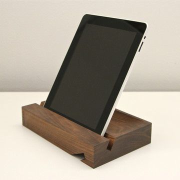 eigenbau aus holz super sch ner ipad st nder selber machen ipad stand pretty easy to make. Black Bedroom Furniture Sets. Home Design Ideas