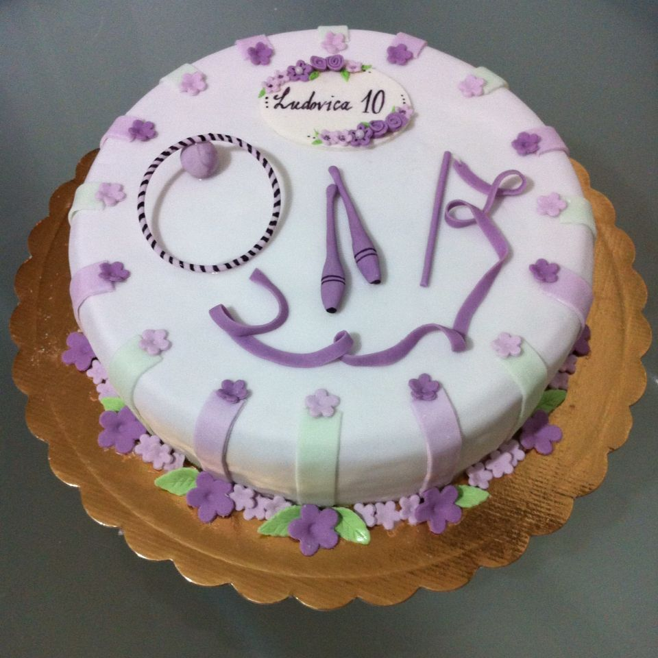 Torta ginnastica ritmica le torte di camilla jesholt for Decorazione torte ginnastica ritmica