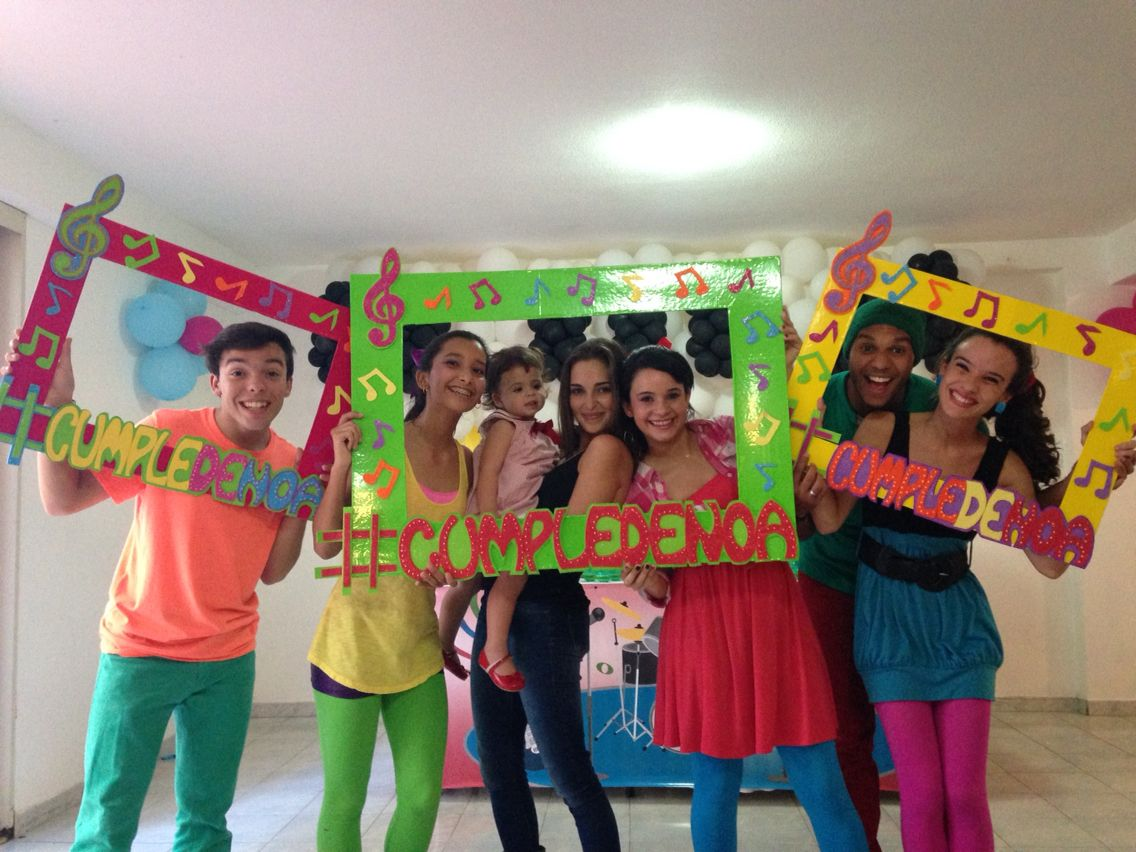 Fiesta infantil decoraci n musical show hi5 marcos for Fotos de decoraciones