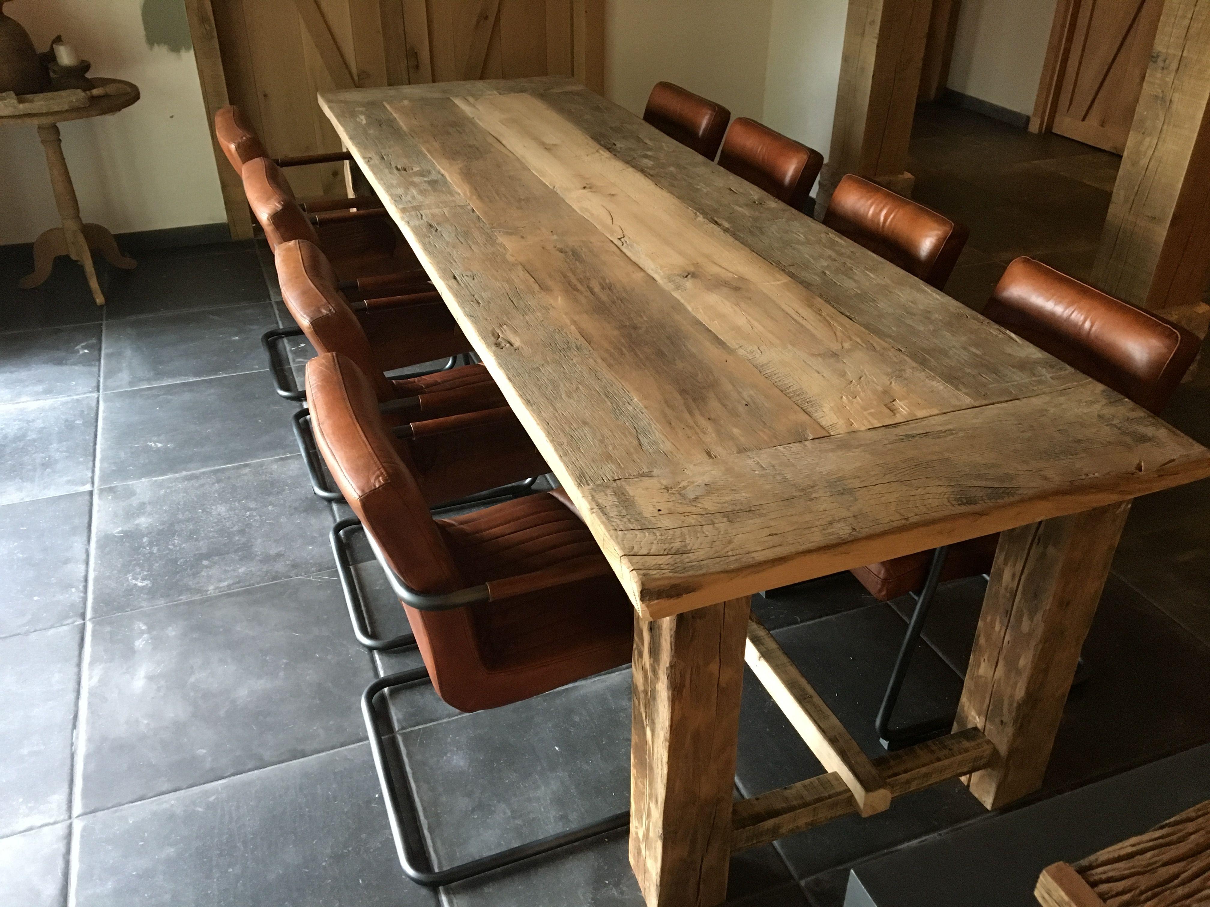 Oud eiken tafels op maat