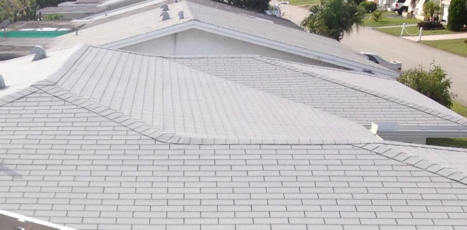 Best Light Gray Shingle Roof Shingle Roofs Roof 400 x 300