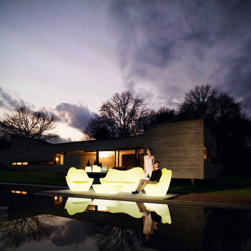 8 outdoor lighting ideas to inspire your spring backyard makeover adding glowing furniture to your