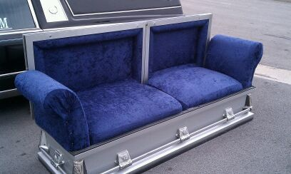Google Image Result For Httpwwwhalloweenforumcomattachments - Casket coffee table