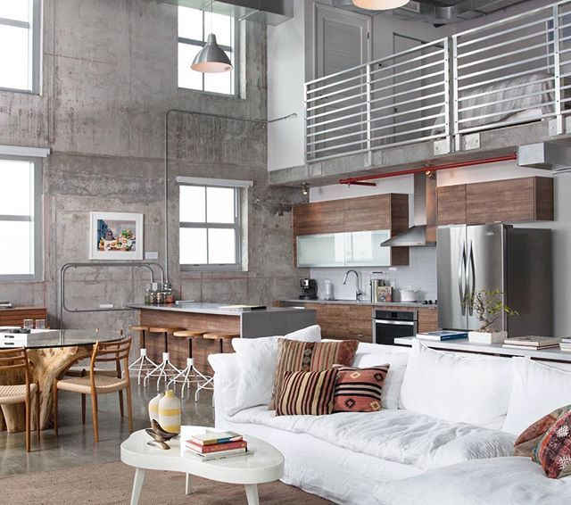 Inspo do dia Loft no estilo industrial, quem curte?  {By Alex McKenzie} #loftstyle #decor #design #industrialstyle