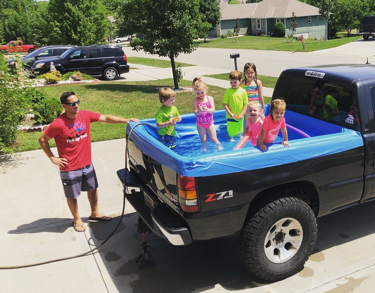 Pick Up Pools Are The Ultimate Portable Swimming Pools Because They Can Turn Any Truck Bed Into A Lovely Swimming Pool Portable Swimming Pools Truck Bed Trucks