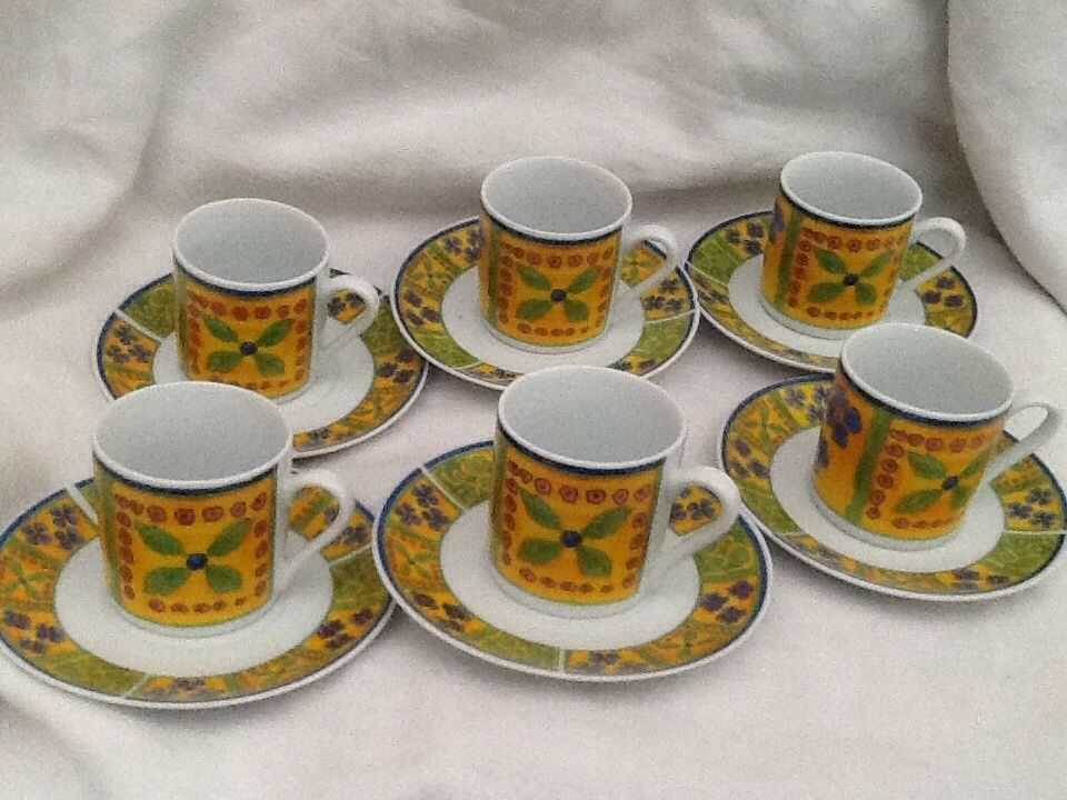 SET OF 6 FRENCH STYLE COFFEE CUPS IN BOX PORCELAINE DEMI
