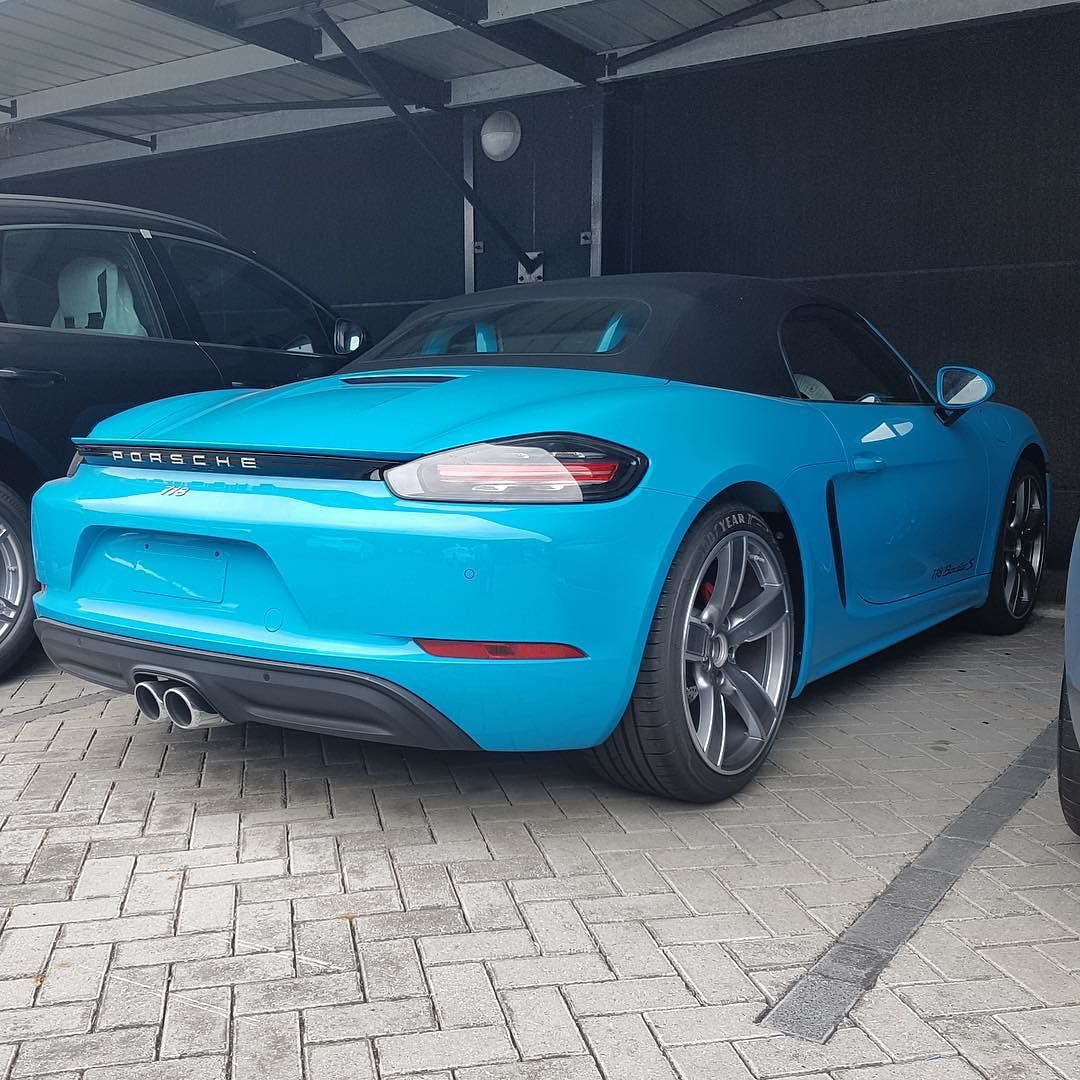 Could This Be The First Miami Blue Porsche 718 Boxster S In South Africa Captured By Radrides Southafrica Exot Porsche 718 Boxster Porsche Boxter Porsche