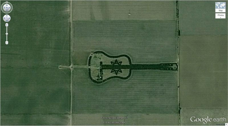 GuitarShaped Forest Strangest Sights On Google Maps Found In - Argentina map google earth