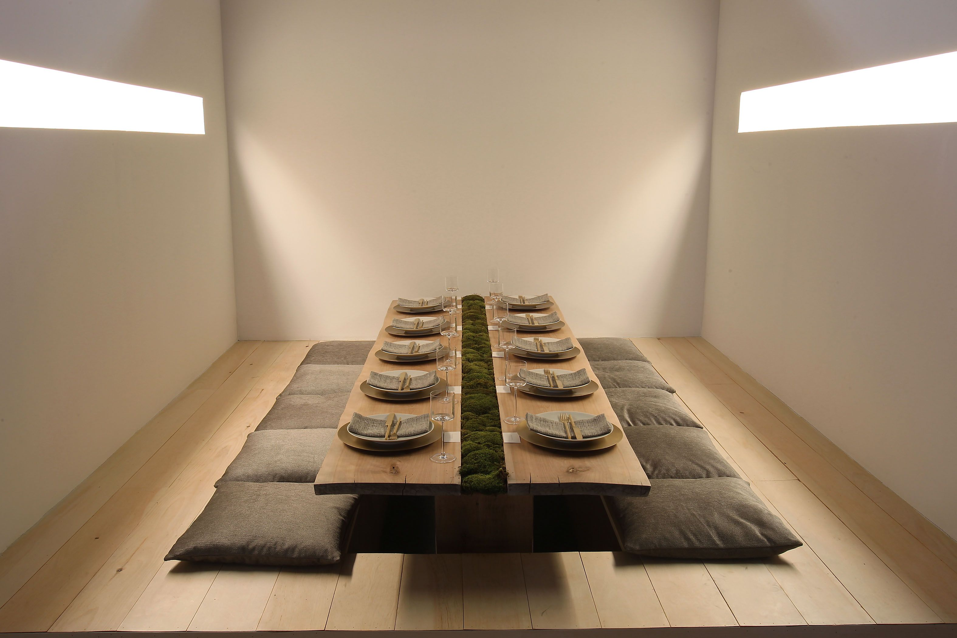 The Calvin Klein Home Table At Diffa S Dining By Design Had An