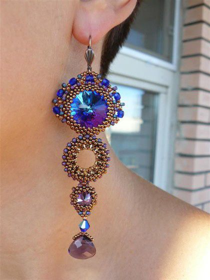 Beaded Earrings. I would love to learn how to make these!!!!