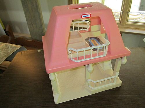 Little Tikes Doll house Dollhouse Grandma Grandpa Grandparent