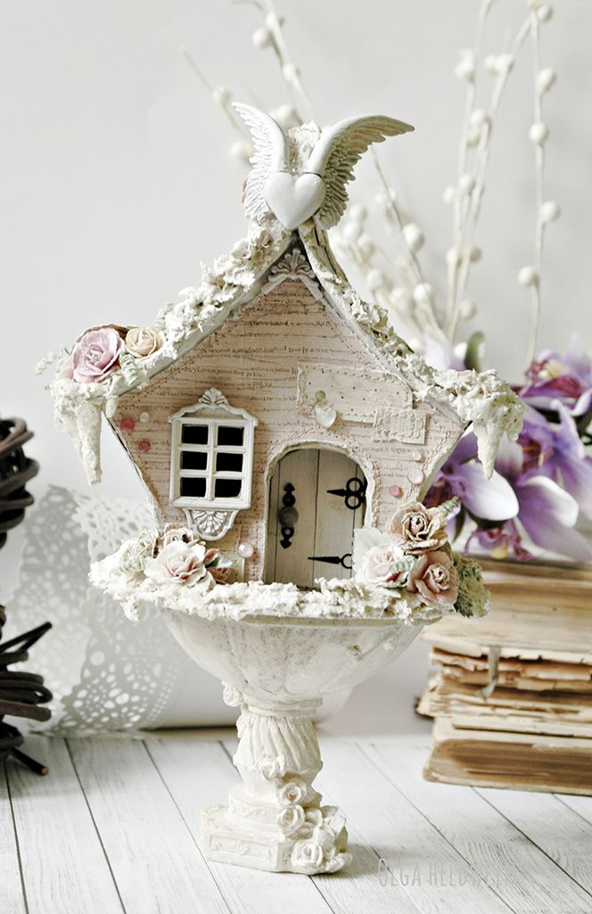 (jt-Shabby Chic Birdhouse - go to blog to see how this was achieved from junkyard findings)