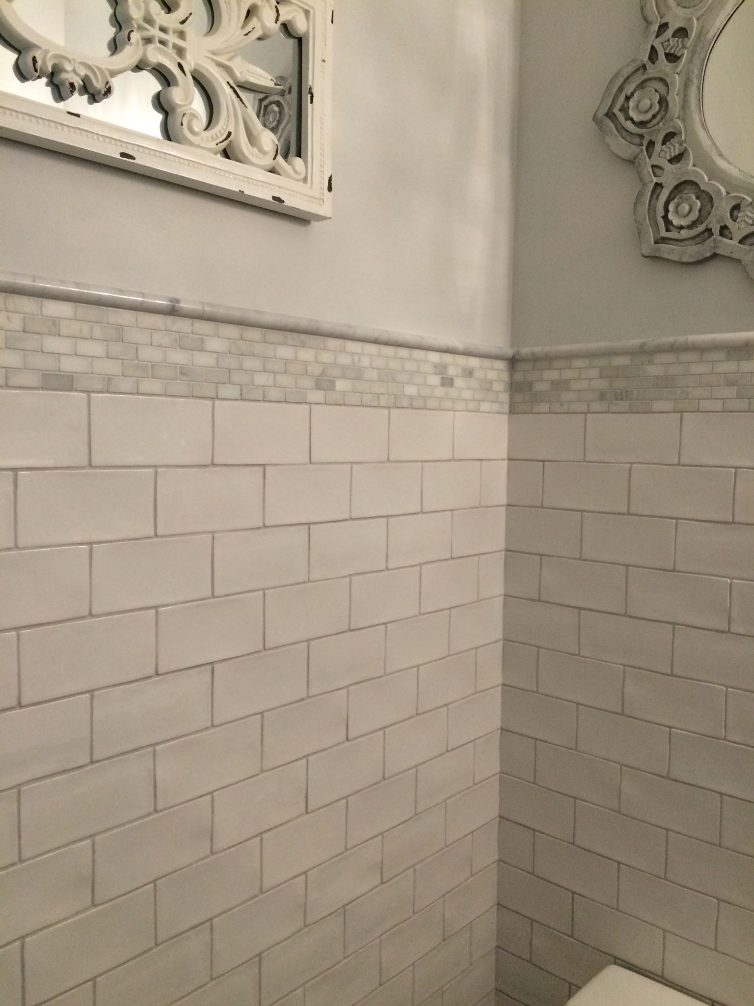 Centura masia hand formed subway tile bianca carrera brick mosiac centura masia hand formed subway tile bianca carrera brick mosiac with polished bianca carrera pencil moulding dailygadgetfo Gallery