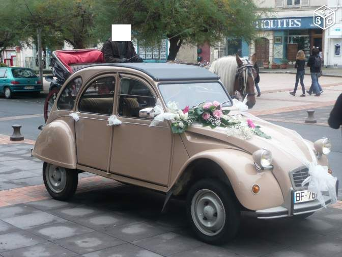 Superbe 2cv louer mariage balade prestations de for Decoration 2cv mariage
