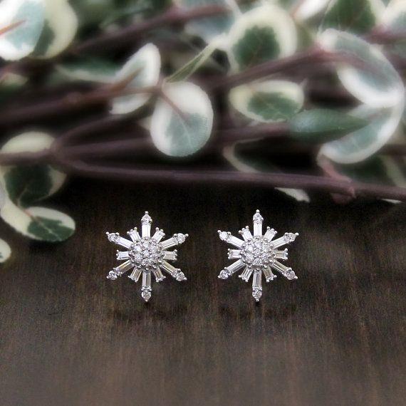 1.34 ct.tw Snowflake Stud Earrings-BrilliantBaguette by Besbelle