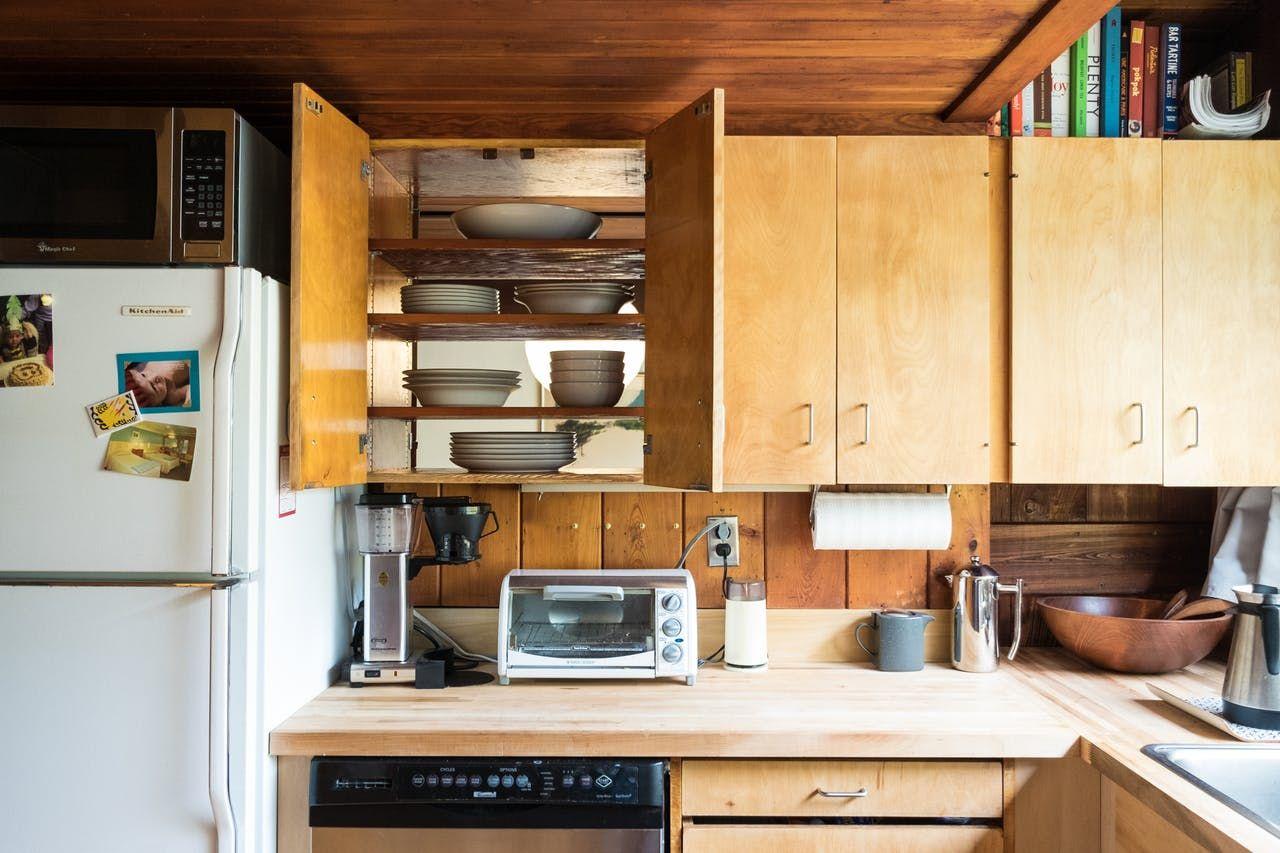 Julia Stone S Naturally Modern Multi Level In Massachusetts Retro Kitchen Home Interior Design Sweet Home
