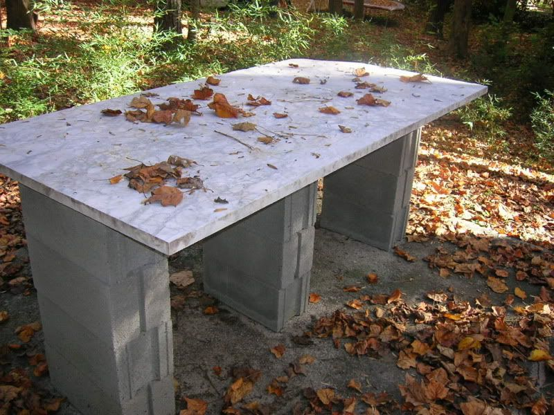 Example Of Cinder Block Legs For Outdoor Table This Is A S Granite Use Top Made Concrete That Has Been Stained Brown