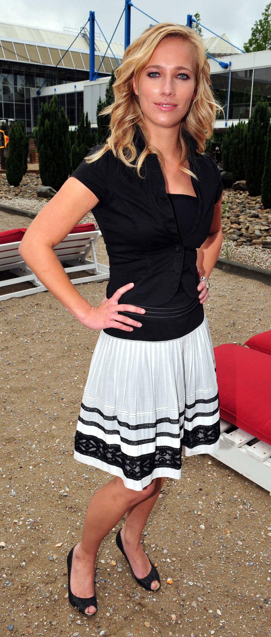 Jennifer hoffman fan seriers pinterest actresses jennifer hoffman thecheapjerseys Gallery