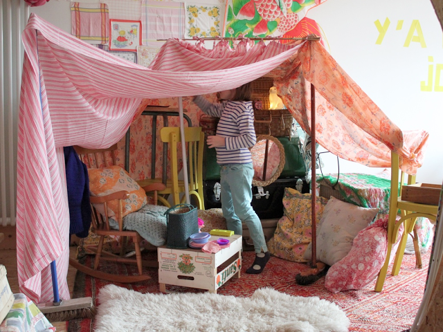 Forts, cubbies and other nooks for kids - Kidspot