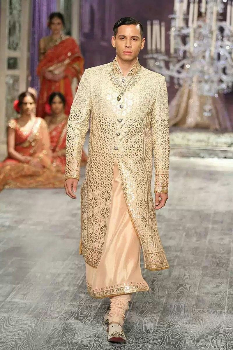 Tarun Tahiliani In INDIAN COUTURE WEEK 2016