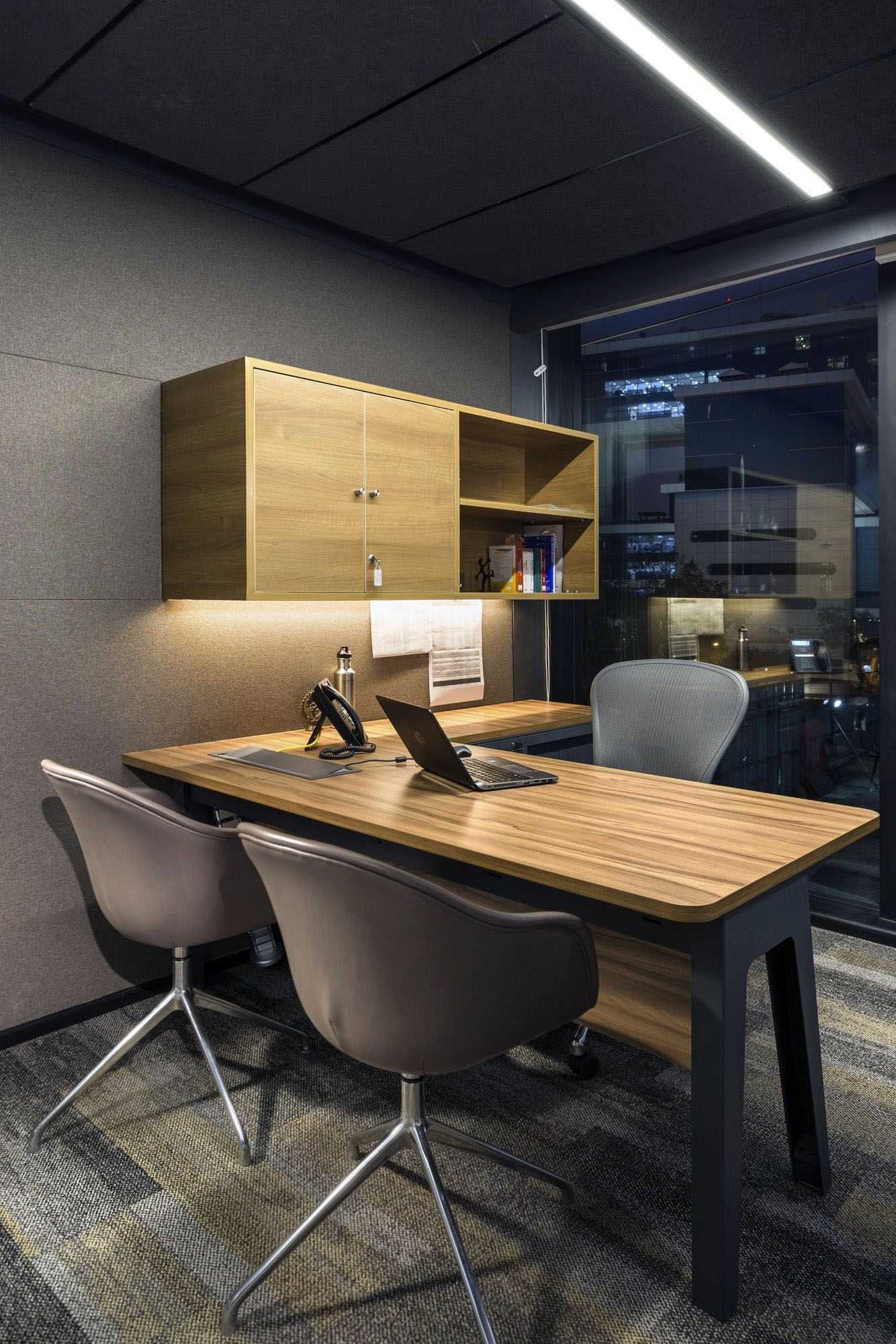 Cool Home Office Desks You Ll Love Small Office Design Modern