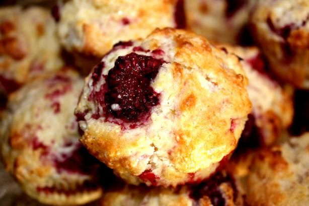 Raspberry Buttermilk Muffins Recipe Muffins Buttermilk Muffins Raspberry Muffins