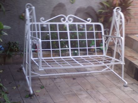 Cadeira De Balanco De Ferro Antiga Para Varanda E Jardim Niteroi