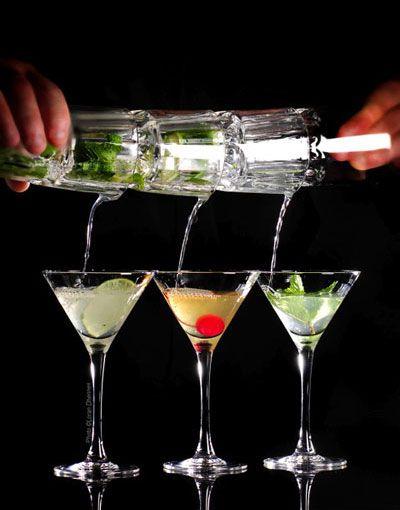 Les cocktails dans un bar