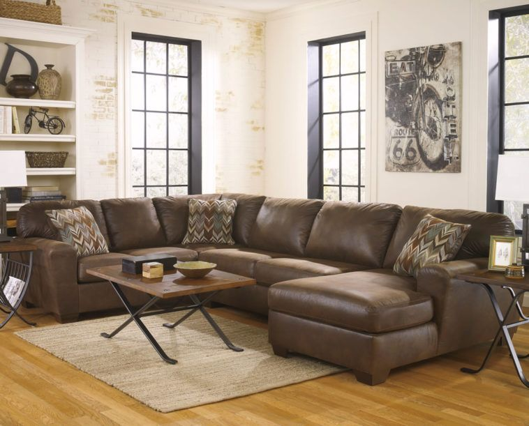 Small Leather U Shaped Sectional Couch With Chaise In