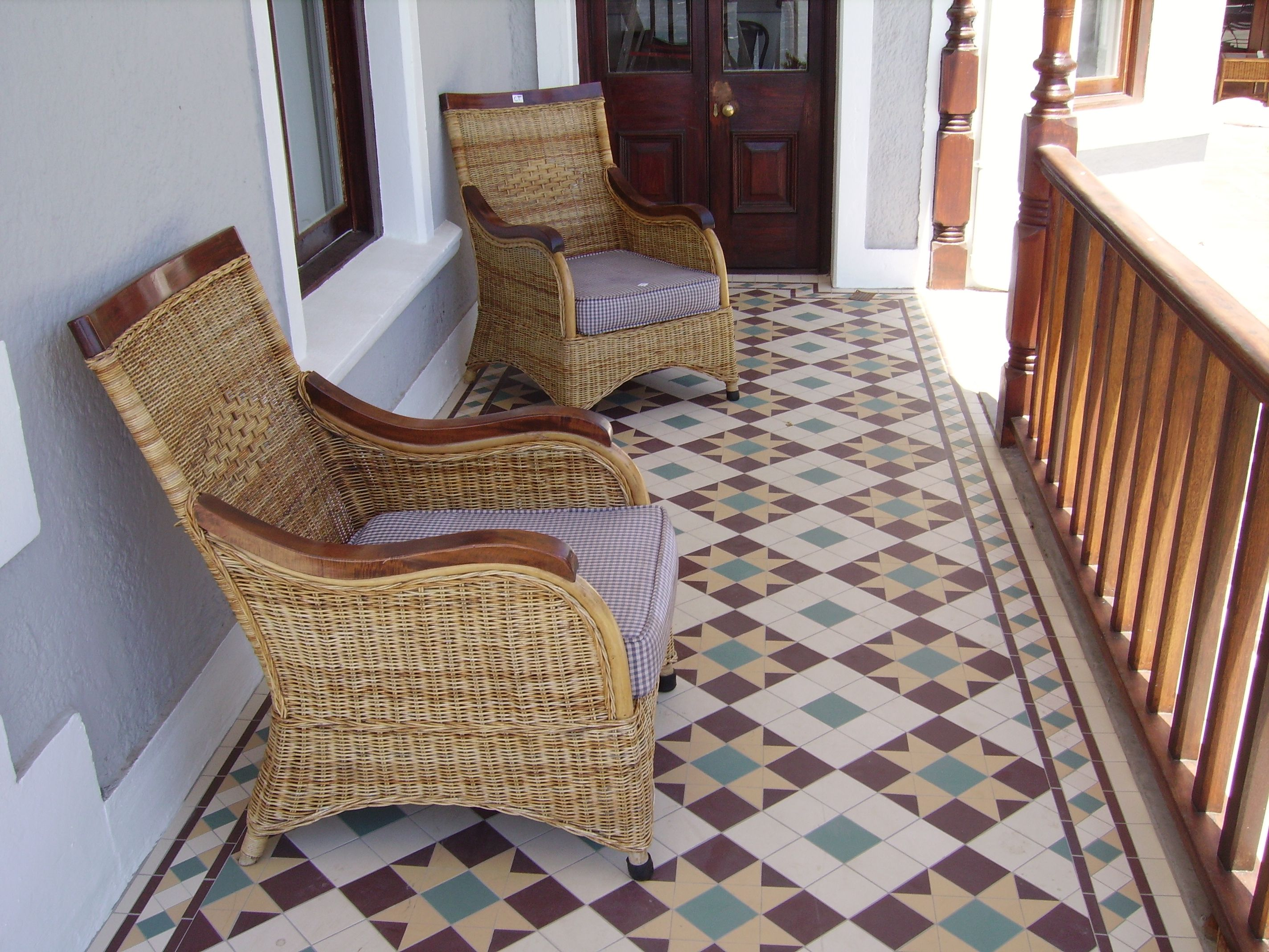 The Floor Of This Inviting Sun Porch Is Wincklemans