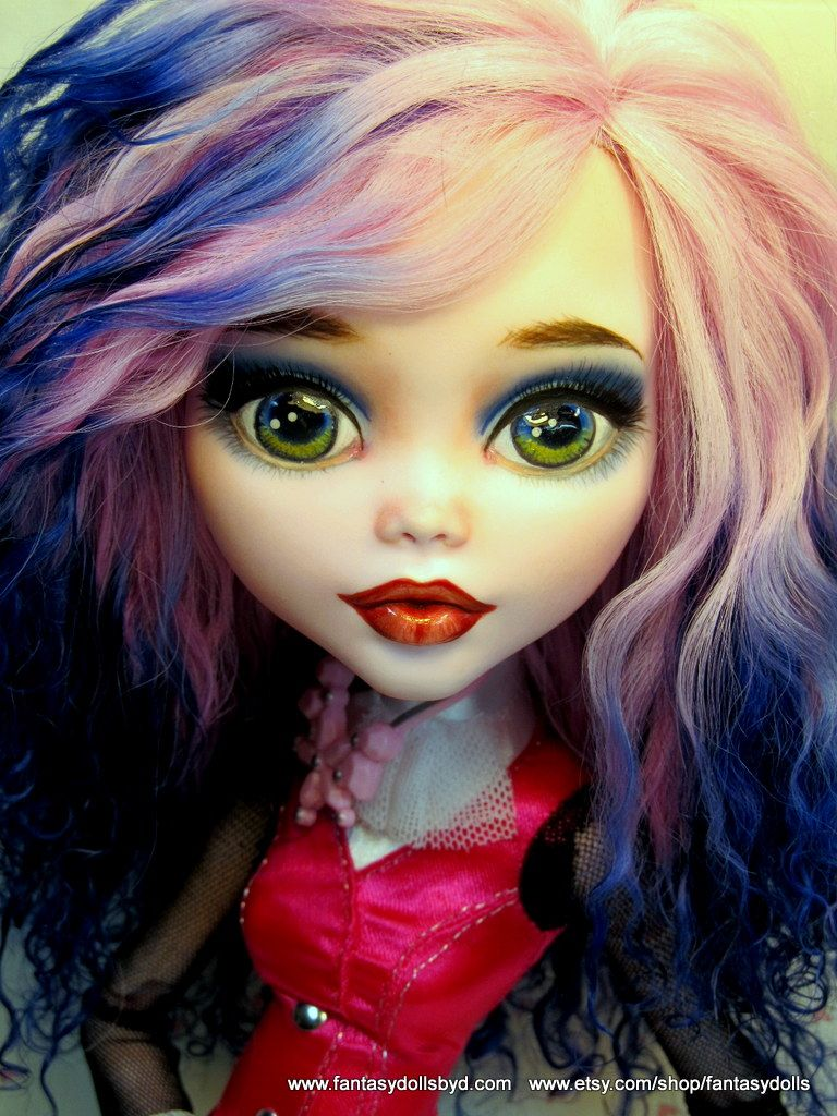 """17"""" Dracualaura Repaint Monster High Doll Monster High Doll and Barbie Doll Custom Repaints, OOAK Dolls and Doll Wigs  by Donna Anne Find me on Facebook Fantasy Dolls by DonnaAnne Shop: http://www.etsy.com/shop/fantasydolls #Monsterhigh #Monsterhighdoll #monsterhighrepaint #monsterhighcustom #monsterhighooak #custommonsterhighdoll"""