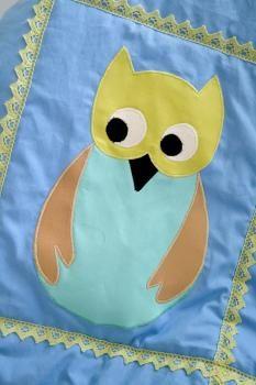 Poikavauvan pöllö-peitto
