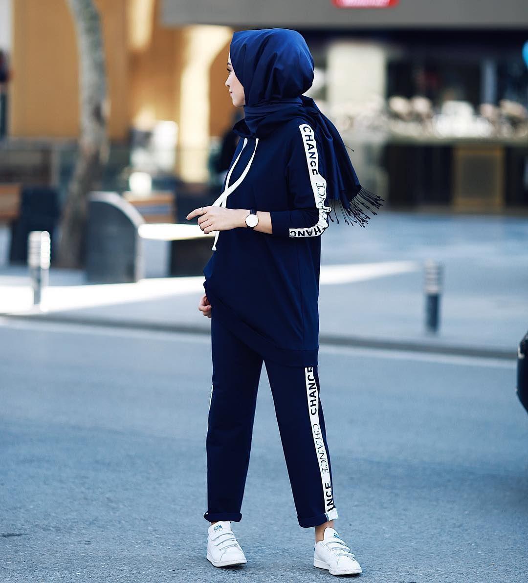 16 6k Likes 90 Comments Rabia Sena Sever Senaseveer On Instagram Hasemasportswear Konforunun Yuzume Yansimis H Fashion Hijab Fashion Hijab Fashionista